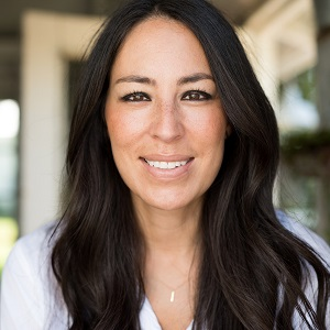 joanna gaines biography affair married husband ethnicity nationality net worth height. Black Bedroom Furniture Sets. Home Design Ideas