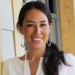 joanna gaines biography affair married husband ethnicity nationality salary net worth. Black Bedroom Furniture Sets. Home Design Ideas