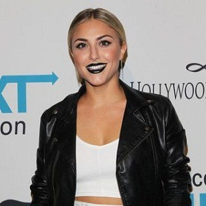 cassie scerbo husband