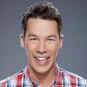 David Bromstad Biography Affair Single Ethnicity Nationality Salary Net Worth Height