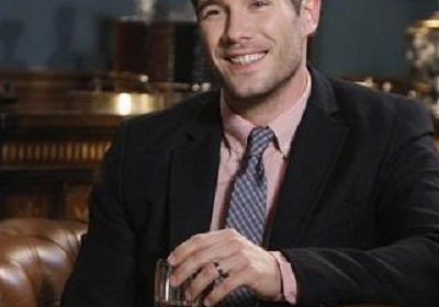 Luke Macfarlane, being a gay, and his relationships with celebrities like Wentworth Miller, etc.. is a pretty exciting one. Wanna Know About It???