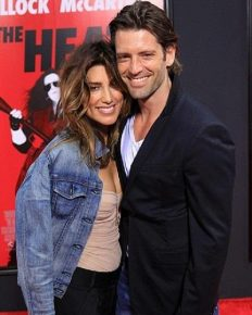 Jennifer Esposito! Successful in her career but always in news due to her on again/off again relationship!