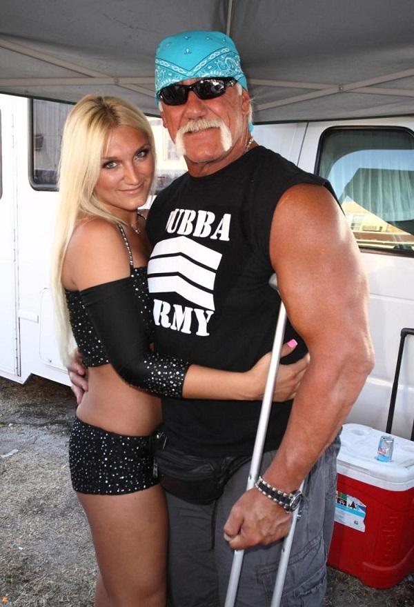 Source: New York Daily News (Hulk Hogan with her daughter Brooke Hogan)