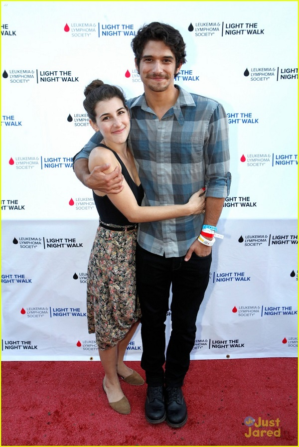 Source: Just Jared (Seana Gorlick and Tyler Posey)