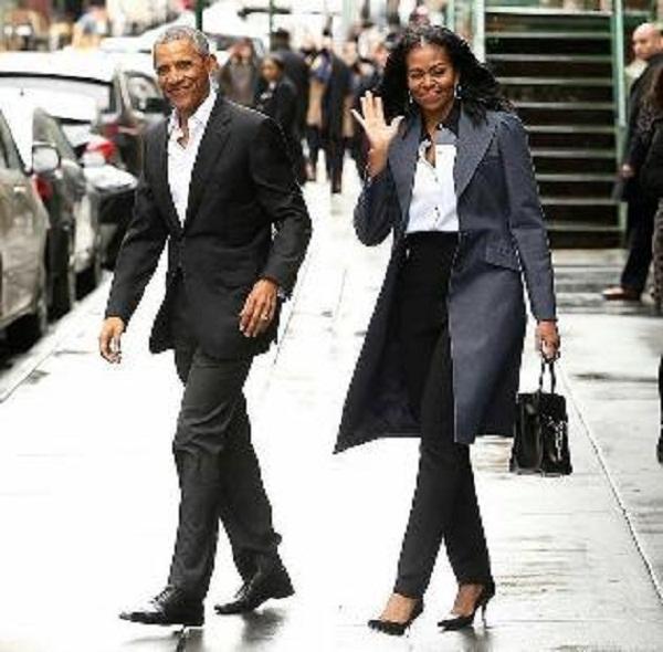 Source: www.celebsocial.com (Barack Obama and Michelle Obama)