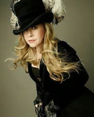 who is stevie nicks dating