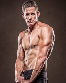 Flip or Flop host Tarek El Moussa Reinventing Himself with the Perfect Body and new Hairstyle….Jokes about Mid-life Crisis, after the divorce of his relationship!