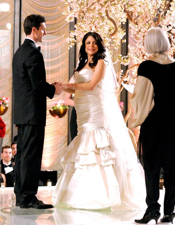 Bethenny frankel s ex husband jason hoppy will go to for What to do with old wedding dress after divorce