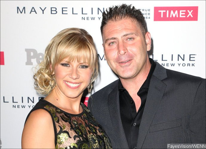 Who is jodie sweetin dating updating chrome on ubuntu
