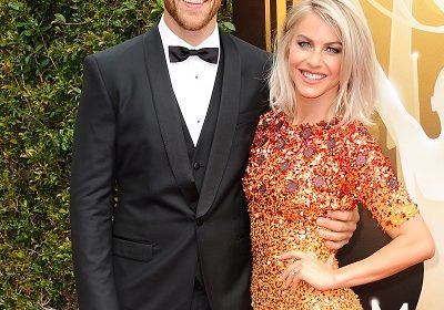 "Brooks Laich's fiancee Julianne Hough says ""Can't wait to marry you""; Look at the pre-wedding relationship of the adorable couple and engagemet"