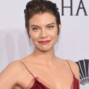 lauren cohan dating history Rose's actress, lauren cohan,  special friend, and was in a friends-with-benefits relationship with him  been teaching you your vampire history rose:.