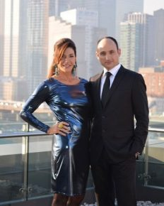 David Visentin is a Married man!! Know as a Loving Husband and a Caring father. Is he having Affair with his 'Love it or List it' co-host  Hilary Farr!!!
