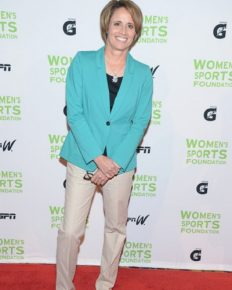 Mary Carillo: Know Everything About her! Her Relationship Status, Career, Marriage,Children all here!!
