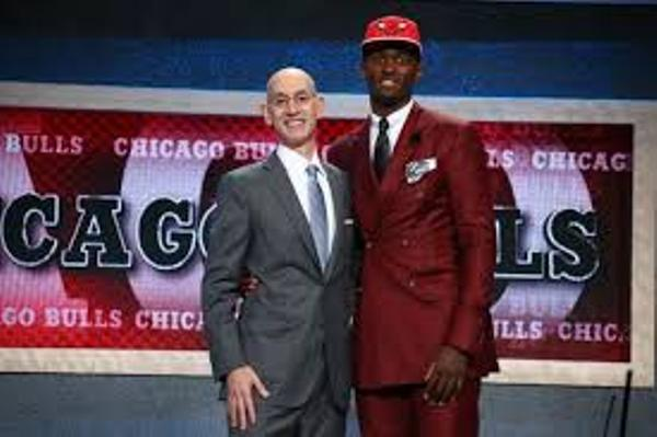 Source: Bleacherreport (Bobby Portis with NBA Commissioner Adam Silver)