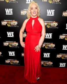 Mama June Shannon Looks Slimmer Than Ever flaunting 300lbs in Body Hugging Red Dress at TV Premiere!!