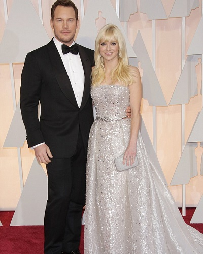 Chris Pratt Married To Anna Faris Showing Love For His