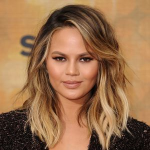 Chrissy Teigen Biography - Affair, Married, Husband ...
