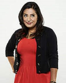 Is Cristela Alonzo Dating Anyone Right Now? Yes, she has been dating Stephen Halasz since 10 years!!