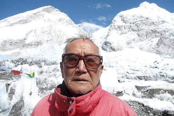 Source: The Himalayan Times (Min Bahadur Sherchan with the Himalayan Background)