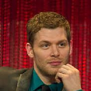 Joseph Morgan Biography Affair Married Wife Ethnicity