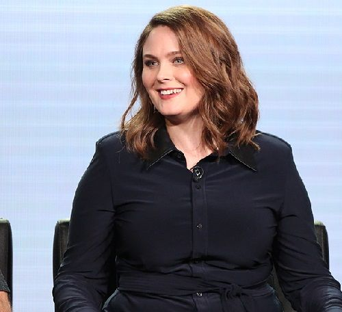 Emily Deschanel Instagram