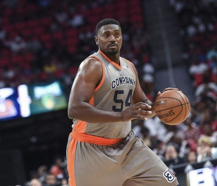 Jason Maxiell Biography Affair Married Wife Ethnicity Nationality Salary Net Worth Height