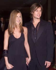 Did Ex husband Brad Pitt Apologize to Jennifer Aniston? Click to find the full story here