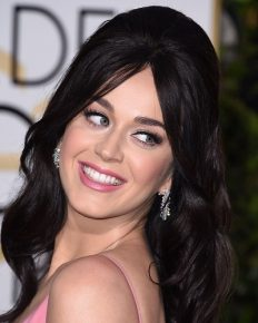 Relationship Alert! Who Has Been Katy Perry Dating? Famous Relationship Of Her With John Mayer, Orlando Bloom