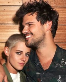 Reunion! Former 'Twilight' Costars Kristen Stewart and Taylor Lautner Reunite at the Moschino Fashion Show; Find the whole story here