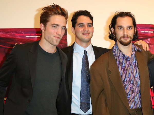 Source: Robert Pattinson Life (Robert with Safdie brothers)