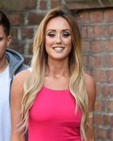 Why is Charlotte Crosby petrified of Stephen Bear? How is her relationship with him going? Learn about it here!