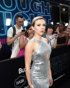 Red Carpet! Here Is The List Of The Best Dressed Stars Of 'Rough Night' Premiere; Scarlett Johansson, Zoë Kravitz and More Best Dressed Stars Comes To The List