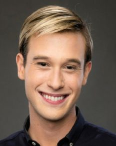 Hollywood Medium's Love Life!! Tyler Henry Who Opened Up As A Gay Is Having Problem With His Boyfriend!! Is Their Relationship Going Well? Here Is More Details About His Unstable Love Life