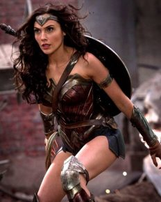 Wonder Woman! Nine Times you were surely wowed by wonder woman Gal Gadot; Click to see the pictures