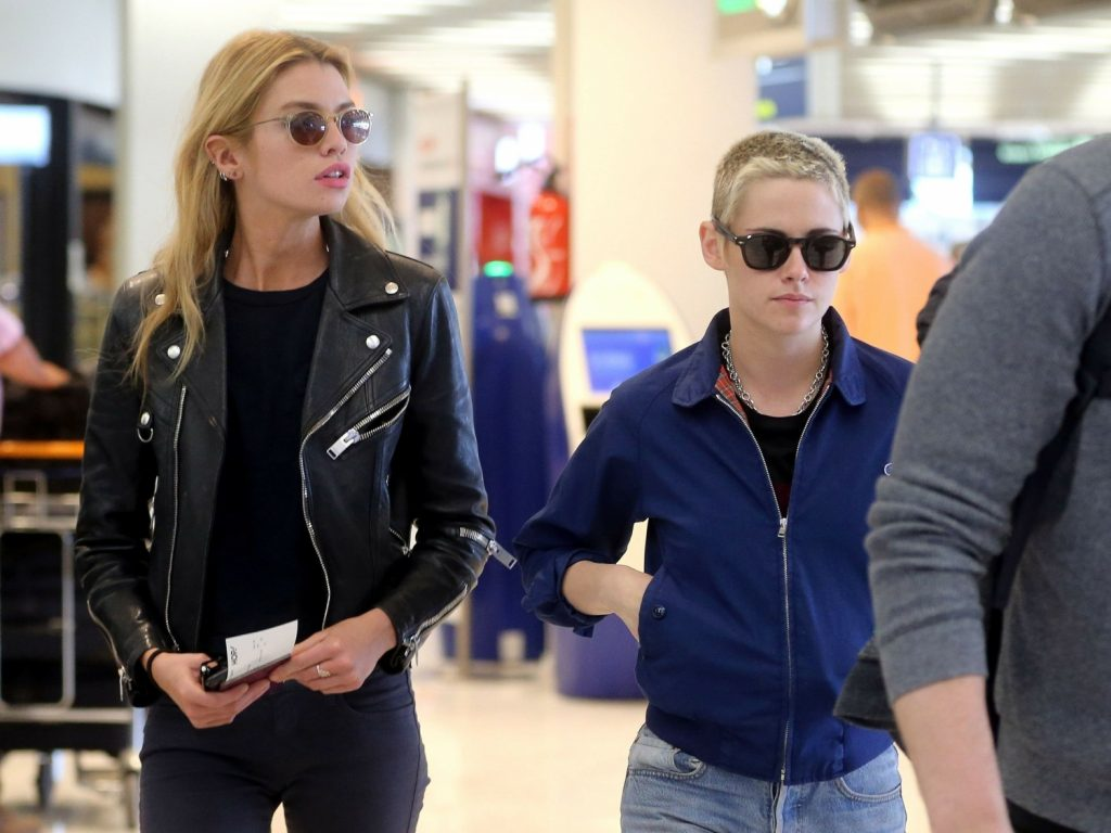 - Couple Kristen Stewart and Stella Maxwell are spotted arriving together at Orly airport, south of Paris, France. The lovebirds, who have been dating since December, kept a low profile as they headed off. Pictured: Kristen Stewart, Stella Maxwell BACKGRID USA 14 JUNE 2017 BYLINE MUST READ: Best Image / BACKGRID USA: +1 310 798 9111 / usasales@backgrid.com UK: +44 208 344 2007 / uksales@backgrid.com *UK Clients - Pictures Containing Children Please Pixelate Face Prior To Publication*