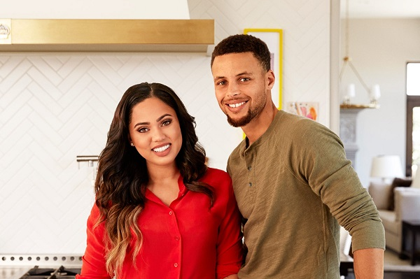 e771188b05e2 Ayesha Curry Madly in Love with her Husband! Shows her Love Posting ...