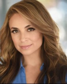 Jedediah Bila: her engagement announcement, her bikini body and her career! Read about it here!