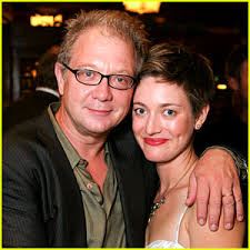 Zoe Perry Is Hiding Her Age Even After Being A Daughter Of