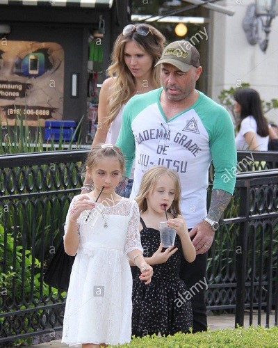 Joe Rogan, Jessica and their children, both daughters (happy family)