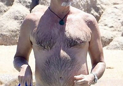Pierce Brosnan and Wife Keely Shaye Smith Enjoying Vacation on the Beach! Check out their Relationship and Lifestyle!!