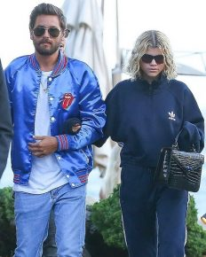 Once Rumored Couple Scott Disick and Sofia Richie were seen together again,arm in arm on Dinner Date! Find out what's their Relationship and Lifestyle!!