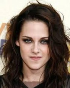 Kristen Stewart: her gay-lesbian nature, her new girlfriend Stella Maxwell and her views on sexuality: Know on it here!