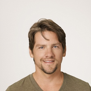 Zachary Knighton