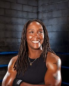 Like Mother Like Daughter!! Daughter of Ann Wolfe Choose The Same Career Alike Her Mother; Let's See What She Have To Say About Her Husband And Family Life