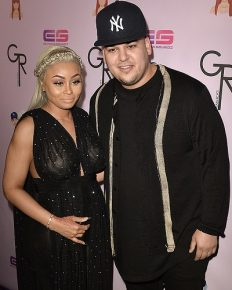 Tweet War Came To The End? The Former Couple Rob Kardashian and Blac Chyna Hasn't Contacted Since The Twitter Feud; Cheating Allegation, Tweet War And More To Know About