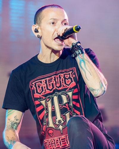 Linkin Park Frontman, Chester Bennington is not any more!! As he allegedly hanged himself on the birthday of his deceased friend Chris Cornell, struggled with drugs and alcoholism and finally gave up.