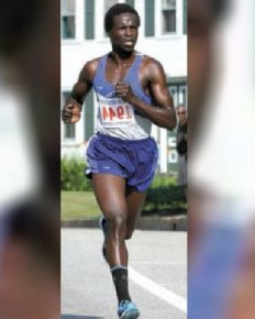Professional Runner From Kenya Outruns Two Black Bears While Training In Maine Woods, Says Learnt A New Lesson There