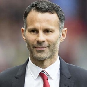 Ryan Giggs on thierry henry, john terry, frank lampard, george best, rio ferdinand, didier drogba, patrice evra, paul pogba, david beckham, michael owen, wayne rooney, cristiano ronaldo, alex ferguson, gareth bale, paul scholes, fernando torres, robin van persie, eric cantona, steven gerrard,