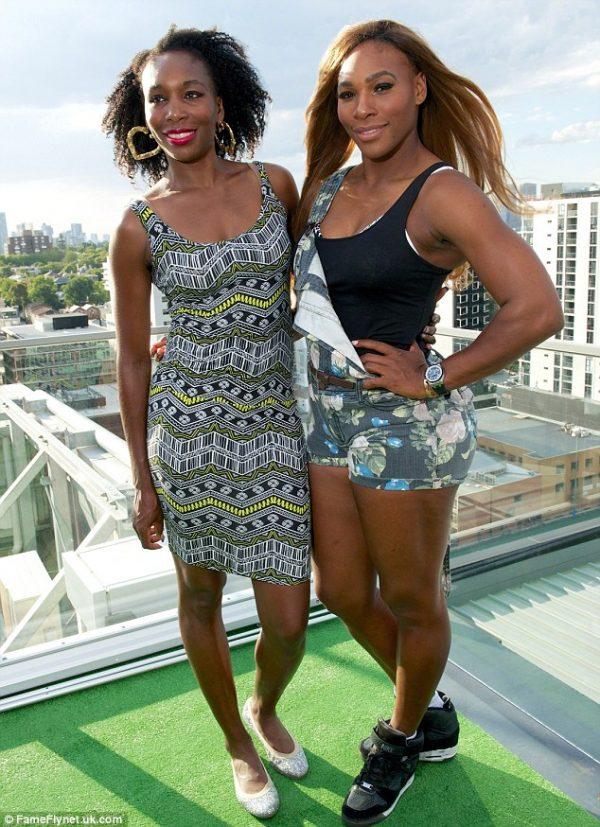 ¿Cuánto mide Serena Williams? - Altura - Real height Serena-Williams-and-Venus-WIlliams-e1500158945645