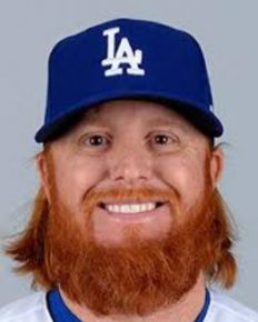 Justin Turner has it all! –A great victory, an All-Star Game entry and a loving girlfriend! Get the details here!